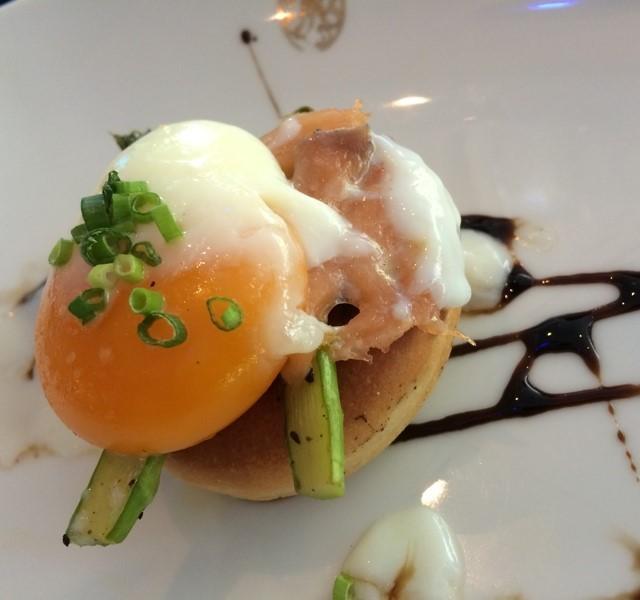 แพนเค้กไข่ดาว - The Rain Tree Café - Family Style Dining - Lum Phi Ni - Bangkok