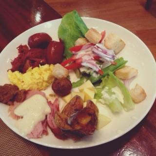 breakfast dish - 位於Lamac的Feria (Lamac) | 宿霧