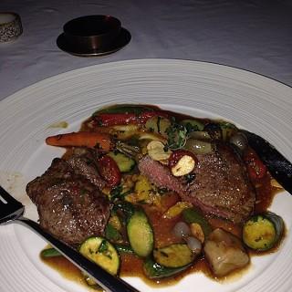 beef tenderloin steak with blackpepper sauce -  Petitenget / Metis Bali Restaurant (Petitenget)|Bali