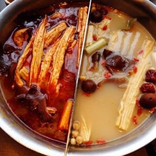 鴛鴦鍋 - Xitun District's 這一鍋皇室秘藏鍋物 台中朝富殿 (Xitun District)|Taichung