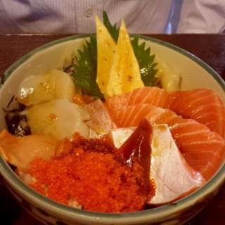 刺身飯定食 - 位於的赤壽司 (北角) | 香港