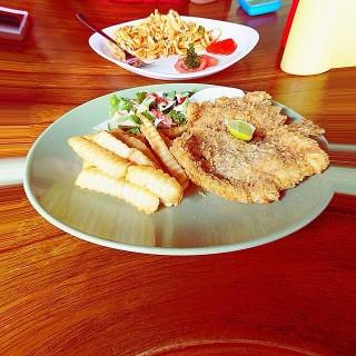 dari Basilia Cafe & Dine (Simpang Lima) di Simpang Lima |Semarang