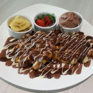Tutti frutti waffle for two - Mont Kiara's Mad About Coco (Mont Kiara)|Klang Valley