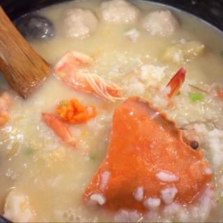 招牌蝦蟹粥 -  dari 六必居潮州沙鍋粥 中山路總店 (板橋區) di 板橋區 |New Taipei / Keelung