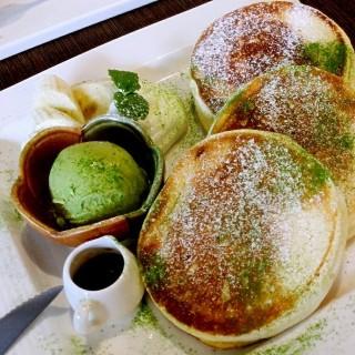 紅豆抹茶白玉冰淇淋鬆餅 - West District's 小豚輕食 (West District)|Taichung