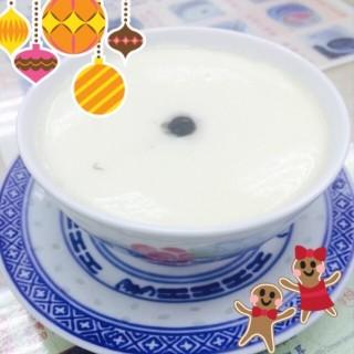 熱芝麻糊燉奶 - 位於北角的翠苑甜品專家 (北角) | 香港