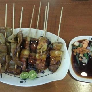 Sate Babi Kulit dan Daging -  dari Foodtown (Serpong) di Serpong |Jakarta