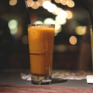 Iced Thai Tea - Thamrin's Howdy Hello Hola Hey Ho! (Thamrin)|Jakarta
