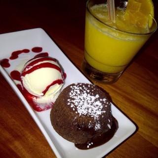Chocolate lava cake -  dari Churreria (Thamrin) di Thamrin |Jakarta