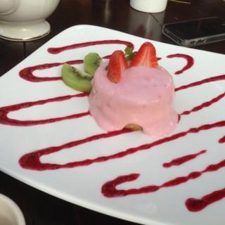 โยเกิร์ตชีสเค้ก - 位於วัดเกต的Vieng Joom On (วัดเกต) | 清邁