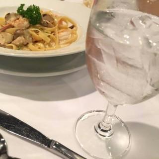 Spaghetti Cabonara - 位于ลาดยาว的Greyhound Café (เกรย์ฮาวด์ คาเฟ่) (ลาดยาว) | 曼谷