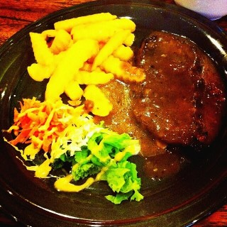 Sirloin Steak with Blackpaper Sauce -  dari Braga Cafe & Craft (Asia Afrika) di Asia Afrika |Bandung