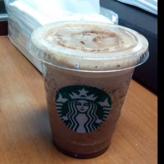 Javachip frappucino blended -  dari Starbucks Coffee (Gatot Subroto) di   Jakarta