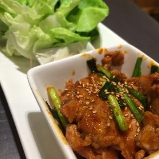 หมูทอดงา -  ปทุมวัน / BonChon Chicken (บอนชอน ชิคเก้น) (ปทุมวัน)|กรุงเทพและปริมลฑล