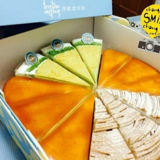 千層蛋糕 - 位於東區的深藍咖啡館 (東區) | 台南