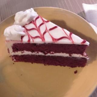 Red Velvet Cake - Diliman's The Sweet Spot (Diliman)|Metro Manila
