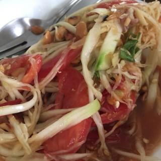 ตำไทย -  dari ส้มตำ ปลาเผา (บางระมาด) di บางระมาด |Bangkok