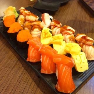 เซตซูชิ  - Lum Phi Ni's Sushi-OO (ซูชิโอ) (Lum Phi Ni)|Bangkok