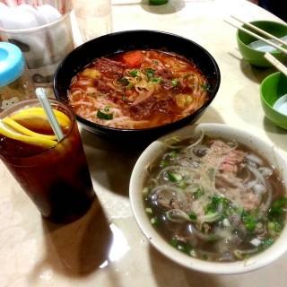 生熟牛肉河 & 番茄牛腩湯河 - 位於深水埗的芽莊城越南牛肉粉 (深水埗) | 香港