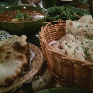 印度咖喱配薄餅 - 位於元朗的旦王花 - 泰越鍾情 (元朗) | 香港