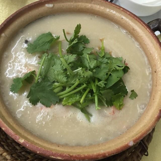 沙窩粥 - Chenjiaci's 云腾砂锅粥|Chiu Chow - Guangzhou