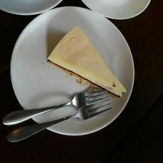 Cheese Cake -  dari Three Little Birds Coffee (Sentul) di Sentul |Klang Valley