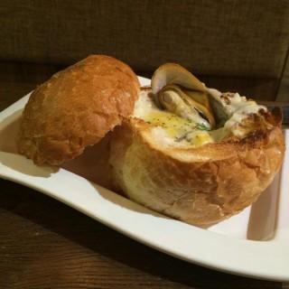 海鮮飽 - 位於馬鞍山的Cafe 1950歐陸餐廳 (馬鞍山) | 香港