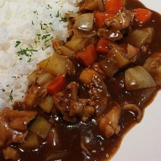 chicken curry rice - 位於Kuningan的Mika (Kuningan) | 雅加達