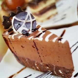 Chocolate Cake -  dari Kampung Daun Culture Gallery & Cafe (Lembang) di Lembang |Bandung