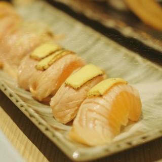 roasted Salmon - 位於Thamrin的Itacho Sushi (Thamrin) | 雅加達