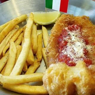 italia fish and chips - Tegalsari's Fish & Co. (Tegalsari)|Surabaya