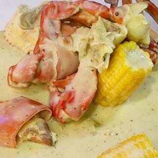mix seafood naked signature - West Surabaya's The Naked Crab (West Surabaya)|Surabaya