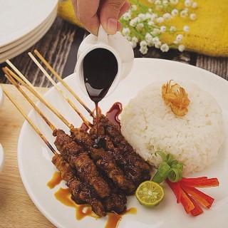 Sate ayam -  dari Jhaly Jhaly (Cikarang) di Cikarang |Jakarta