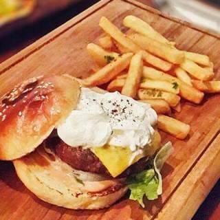 branche beef burger - Senopati's Branche Bistro (Senopati)|Jakarta