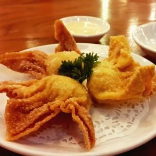 Pangsit Udang Mayonnaise - ใน จากร้านDin Tai Fung Chef's Table (Slipi)|Jakarta