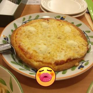 水牛芝士比薩 - ใน牛頭角 จากร้านSaizeriya Italian Restaurant (牛頭角)|ฮ่องกง