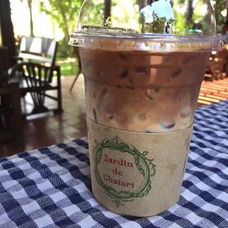Caramel latte -  dari Jardin de Chaisri (อ.นครชัยศรี) di อ.นครชัยศรี |Bangkok