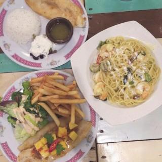 ในBugis จากร้านEatplaylove Cafe (Bugis)|สิงคโปร์