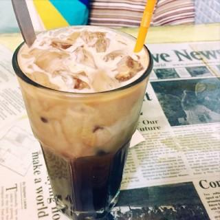 朱古力蒲公英咖啡 - ใน南丫島 จากร้านBookworm Cafe (南丫島)|ฮ่องกง