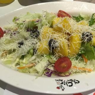 Mango Salad - Somerset's Chir Chir (Somerset)|Singapore