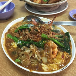 Big prawns hor fun -  Outram / 囯成(球記)餐室 (Outram)|Singapore