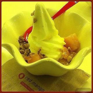Honey, Mango, and Walnut Froyo - North Avenue's Red Mango (North Avenue)|Metro Manila