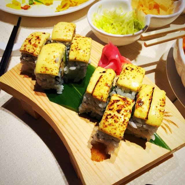 芝士牛油果吉列卷 - 六和素食 - 中菜館 - 銅鑼灣 - 香港