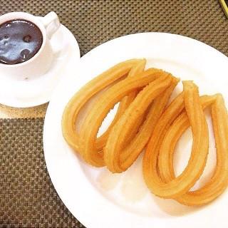 Churros Con Choco -  dari Dulcinea (Quezon City) di Quezon City |Metro Manila
