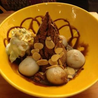 Kakigori Nutella Bomb - 位於Thamrin的Sumoboo (Thamrin) | 雅加達