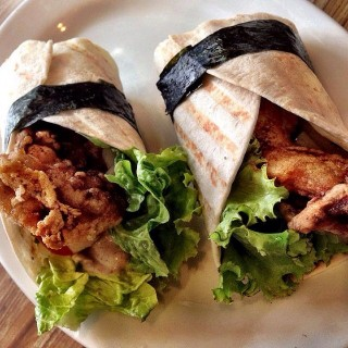 Kaage Chicken Vegtable Wrap - 位於Tomas Morato的Kozui Green Tea Cafe (Tomas Morato) | 馬尼拉