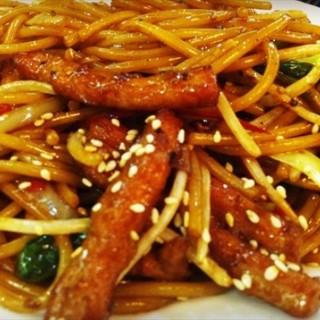 干炒牛河 - 位於滨江道 的庄记百世威茶餐厅 (滨江道 ) | 天津