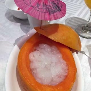 木瓜炖雪蛤 - 位於崇文門的晶湖湾海鲜大酒楼 (崇文門) | 北京