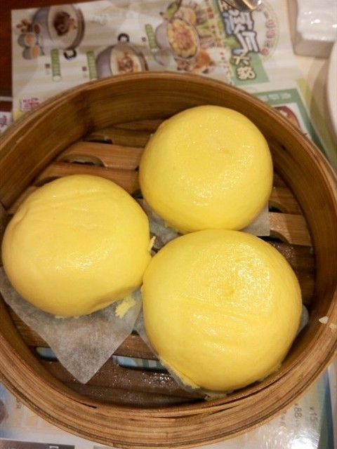 流沙包 - Haizhuguangchang's 粤点越靓|Yue (Guangdong) - Guangzhou