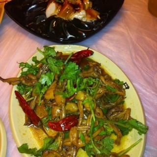 皮蛋豆腐 - ใน武昌区 จากร้าน巴厘龙虾 (武昌区)|Wu Han